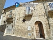 Ancient stone house with garage for sale in Molise region, village Palata 1
