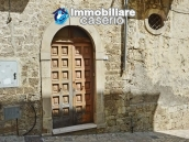 Ancient stone house with garage for sale in Molise region, village Palata 2