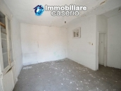 House to be restored with mountain and the sea views for sale in Italy, Molise 4