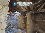 Cottage completely to renovate on sale in the ancient town of Palata, Molise 10