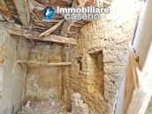 Cottage completely to renovate on sale in the ancient town of Palata, Molise 9