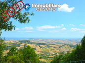 Economic house with garage, garden and sea view for sale in Italy 1