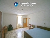 Property with seven bedrooms and garden for sale in Italy, Abruzzo, Chieti 14
