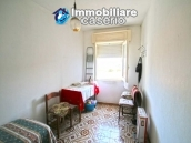 Property with seven bedrooms and garden for sale in Italy, Abruzzo, Chieti 9