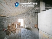 Property with 5 bedrooms and garden for sale in Abruzzo, Chieti, Roccaspinalveti 19