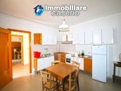 Property with 5 bedrooms and garden for sale in Abruzzo, Chieti, Roccaspinalveti 3