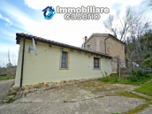 Renovated house with garden and terrace for sale in Città Sant'Angelo, Pescara 11