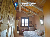Renovated house with garden and terrace for sale in Città Sant'Angelo, Pescara 31