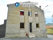 Home ready for be inhabited for sale in Abruzzo, Roccaspianlveti, Italy 1