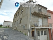 Home ready for be inhabited for sale in Abruzzo, Roccaspianlveti, Italy 2