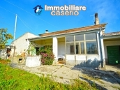 House with garden near the sea for sale in Casalbordino, Abruzzo, Italy 5