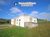 Building for sale with hectares of arable land and planted with olive trees, Italy 1