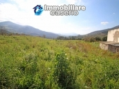 Building for sale with hectares of arable land and planted with olive trees, Italy 3