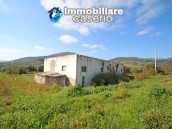 Building for sale with hectares of arable land and planted with olive trees, Italy 4