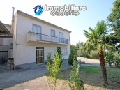 House with garage and land for sale in Italy, Abruzzo - Village Roccaspinalveti 1