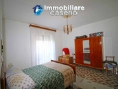 House with garage and land for sale in Italy, Abruzzo - Village Roccaspinalveti 22