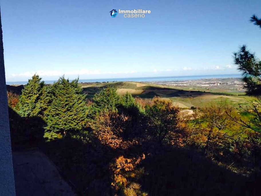 Apartment with sea views for sale in Italy, Region Molise - Village Guglionesi