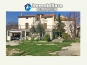 Property with garden and terrace mountain views for sale Abruzzo, Castel Frentano 1