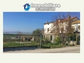 Property with garden and terrace mountain views for sale Abruzzo, Castel Frentano 2