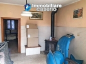 Property with garden and terrace mountain views for sale Abruzzo, Castel Frentano 3