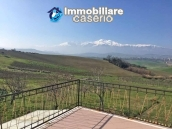Property with garden and terrace mountain views for sale Abruzzo, Castel Frentano 8