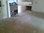 Properties for sale with a view of hills in the Abruzzo - Village Carunchio 4