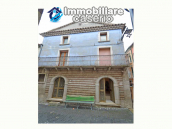 Ancient palace with terrace for sale in Italy, Region Molise, village Roccavivara 3