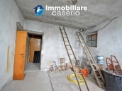 Detached house with garden and terrace for sale in the Abruzzo Region, Italy 11