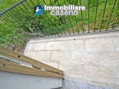 Detached house with garden and terrace for sale in the Abruzzo Region, Italy 22