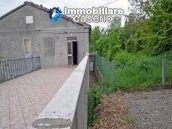 Detached house with garden and terrace for sale in the Abruzzo Region, Italy 27