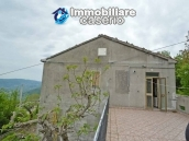 Detached house with garden and terrace for sale in the Abruzzo Region, Italy 31
