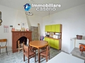 Detached house with garden and terrace for sale in the Abruzzo Region, Italy 7