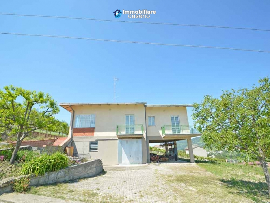 Huge house with terrace, garage and land with 21 nuts plants for sale in Abruzzo