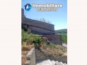 Detached house with garden and terrace for sale in Abruzzo, Italy - Carunchio 14