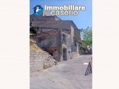 Detached house with garden and terrace for sale in Abruzzo, Italy - Carunchio 15