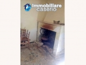 Detached house with garden and terrace for sale in Abruzzo, Italy - Carunchio 3