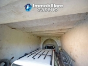 House with terrace and garden for sale in the mountains, Abruzzo 9