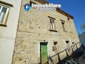 House with terrace and garden for sale in the mountains, Abruzzo 3
