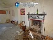 House with terrace and garden for sale in the mountains, Abruzzo 5