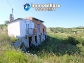 Country house with view of the Molise valley for sale in the outskirt of Campobasso 1