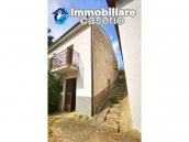 Detached house with land for sale in Italy, Abruzzo - Village Bomba 14