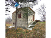 Stone house with garden for sale in Italy, Abruzzo, Guilmi 4