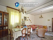 Spacious house with garage and garden for sale Archi, Chieti, Abruzzo 9