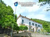 Spacious house with garage and garden for sale Archi, Chieti, Abruzzo 1