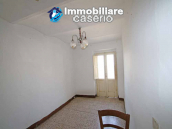 Large house with garden and ruin for sale in Italy, Abruzzo - Village Fraine 3