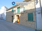 Renovated stone house with garage for sale in Italy, Abruzzo - Village Fraine 2