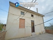 House with large terrace and land for sale in Abruzzo - Village Casalanguida 8