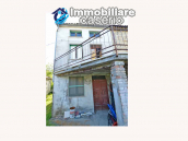 Ancient stone house with garden for sale in Italy, Abruzzo, Roccaspinalveti 3