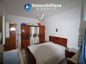 Property with two garages and terrace overlooking the hills for sale in Abruzzo 10