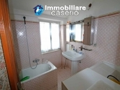Property with two garages and terrace overlooking the hills for sale in Abruzzo 12